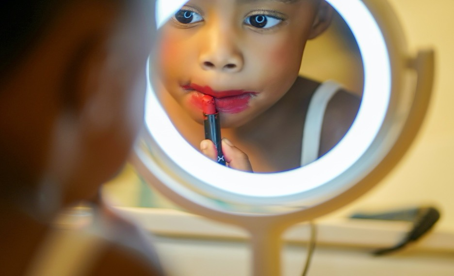 Let them play in your makeup on lazy day activities