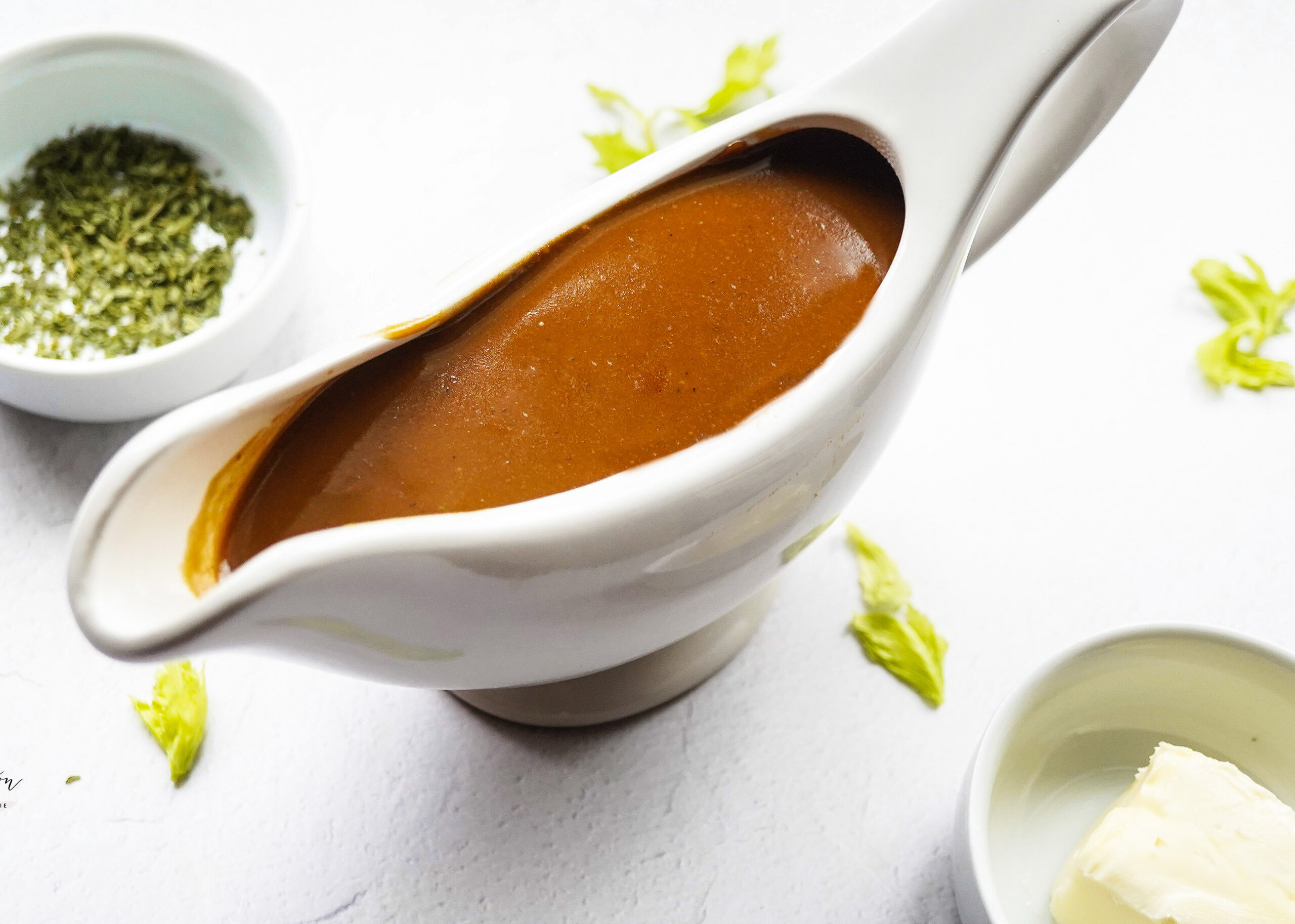 Quick and easy brown gravy